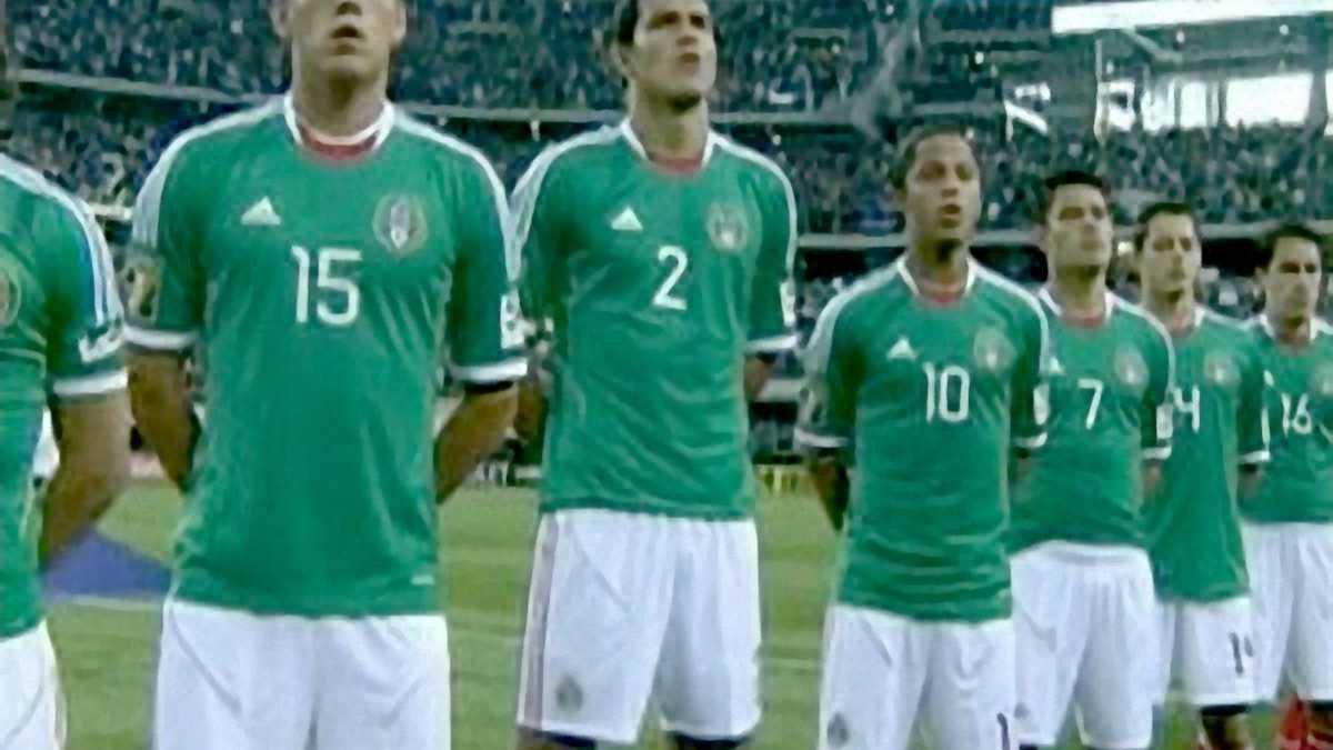 Хет-трик Чічаріто допоміг мексиканцям розгромити Сальвадор