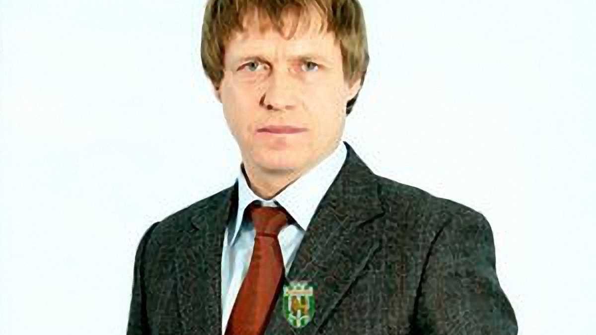 """Офіційно: Кононов підписав контракт з """"Карпатами"""" на три роки"""