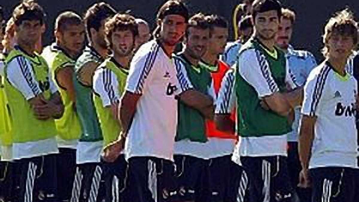 """""""Реал"""" хочет продать Кака и других за 90 миллионов"""