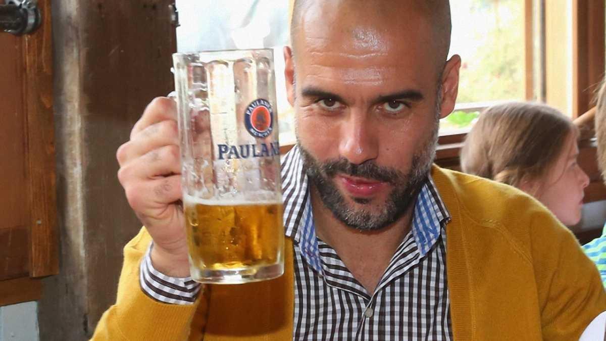 Гвардіола: Про контракт поговоримо влітку за гальбою пива