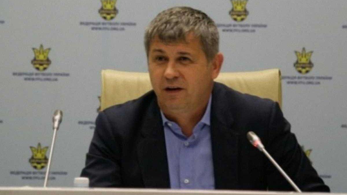 Віце-президент ФФУ втік з України