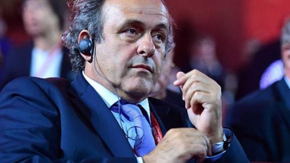 Платини выдвинул свою кандидатуру на пост президента ФИФА