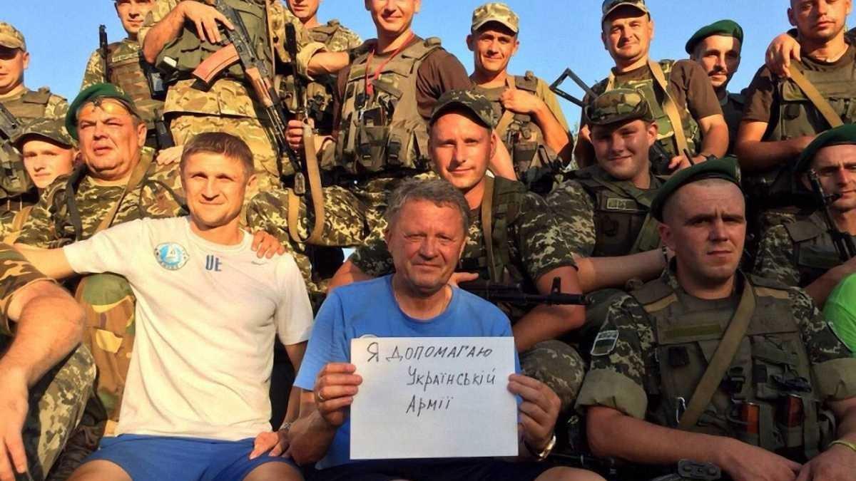 """Федецький з автоматом, Зозуля в """"броніку"""" (ФОТО)"""