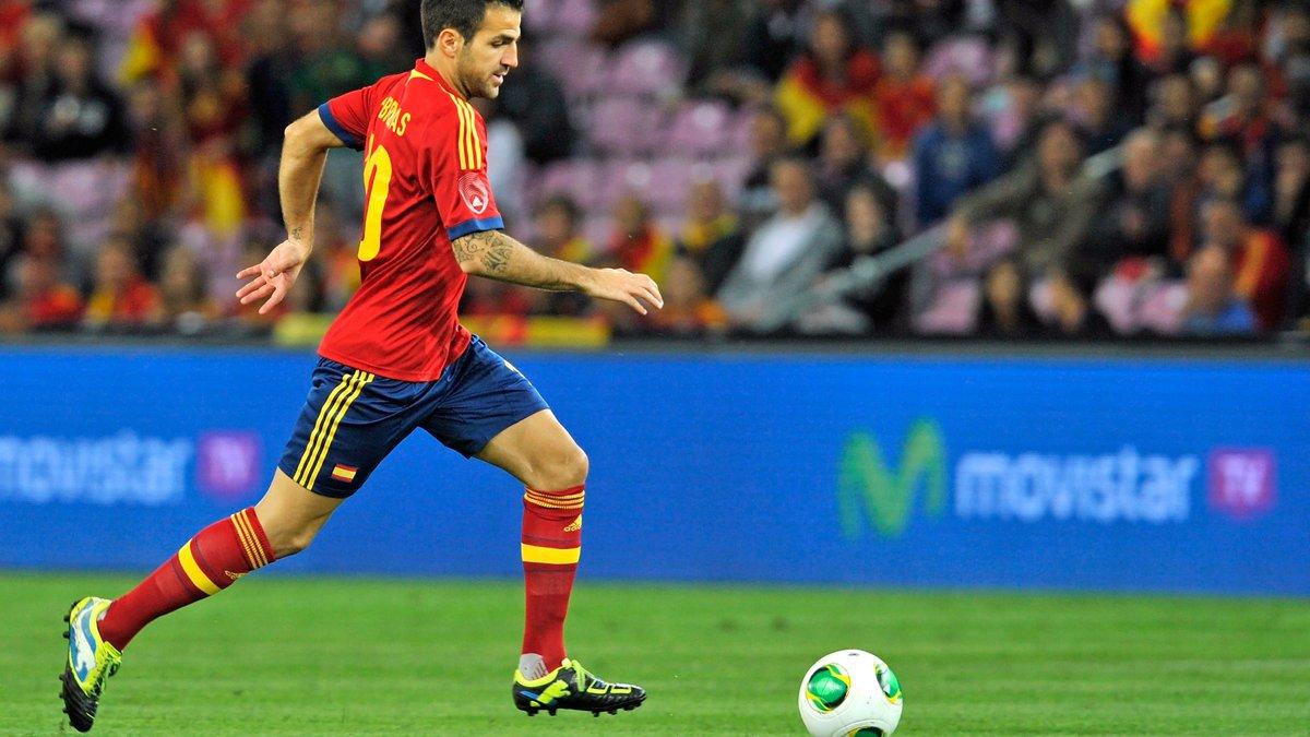 Фабрегас обогнал Хави в списке лучших ассистентов сборной Испании