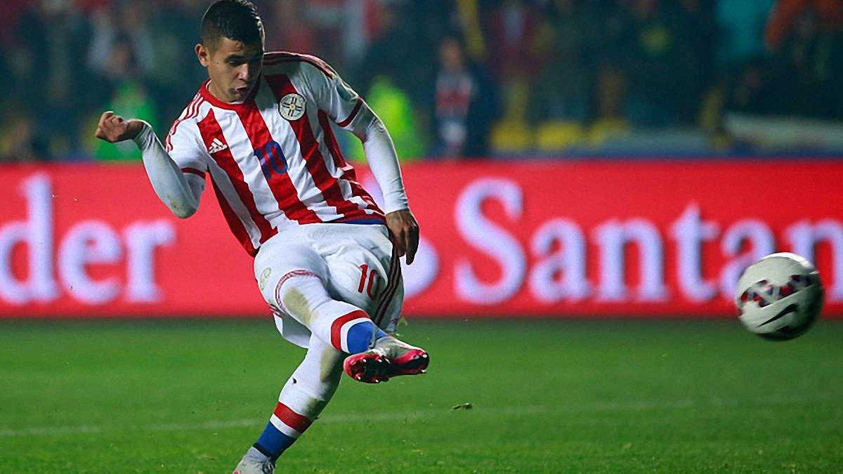 Дерлис Гонсалес снова сыграет за Парагвай в отборе на российский Мундиаль
