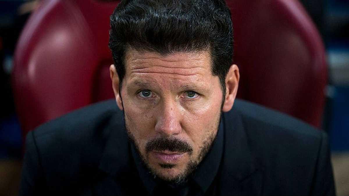 """""""Челси"""" пригласит Симеоне вместо Моуринью по окончании сезона"""