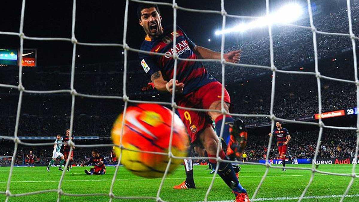 """""""Барселона"""" встановила рекорд, забивши більше за всіх голів у історії футболу за календарний рік"""