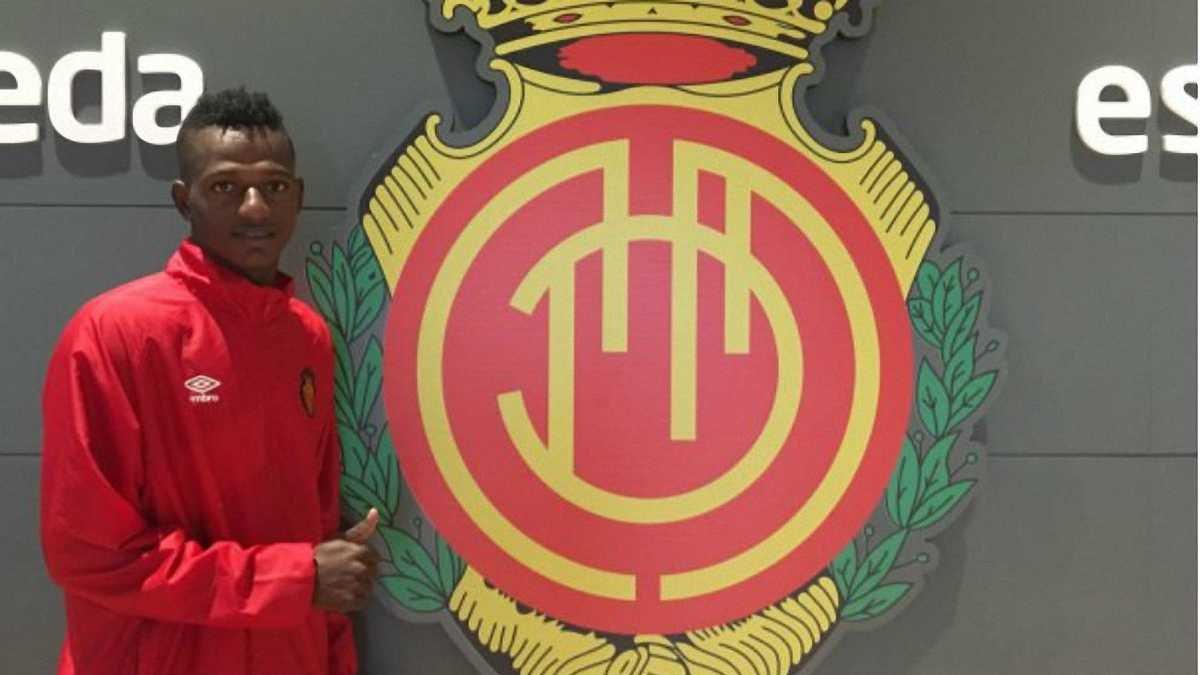 Ливерпуль приобрел колумбийца Арройо и отдал его в аренду до конца сезона 2018/19