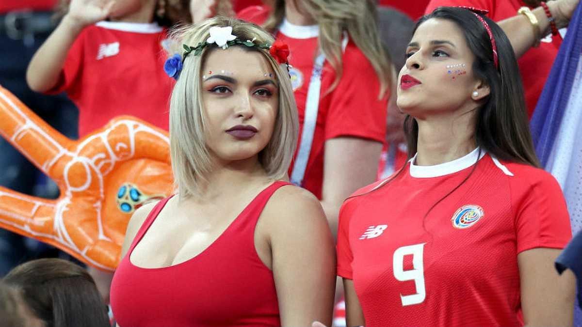 Немецкие фанатки футбола