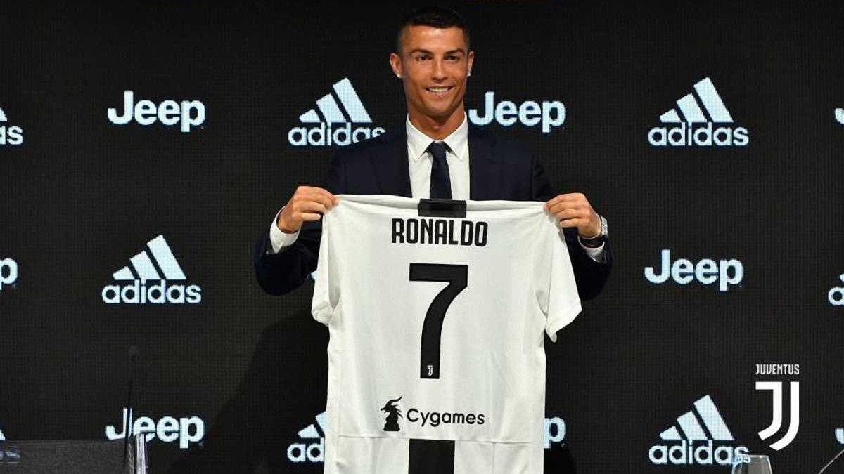 Роналду: С детства мечтал сыграть за Ювентус