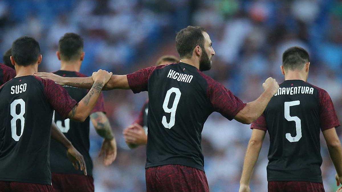 Игуаин забил первый гол за Милан в матче против Реала, за который выступал на протяжении 6,5 лет