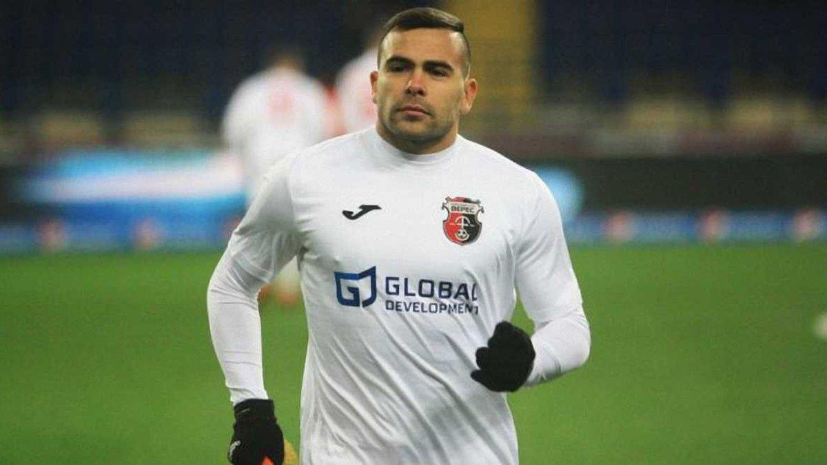 Верес разорвал контракт с тремя футболистами, которые подозреваются в избиении таксиста