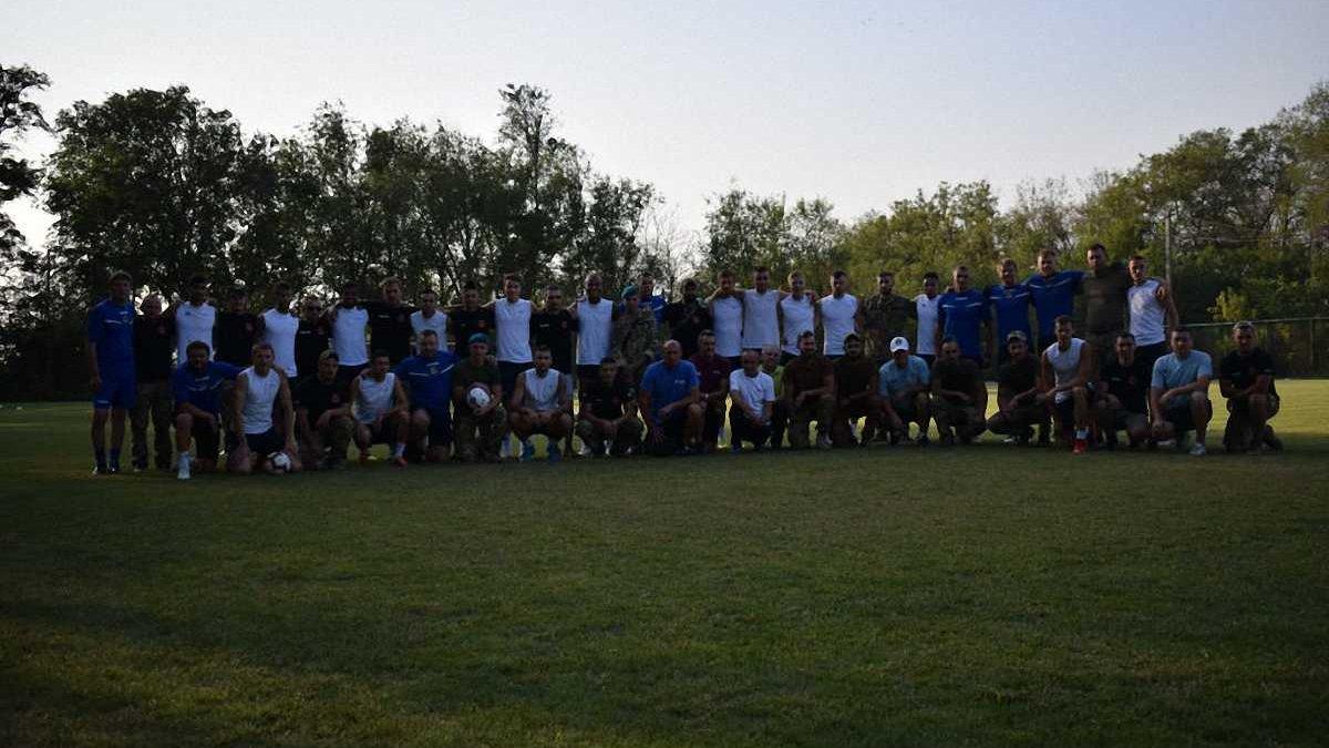 ФК Львов встретился с украинскими военнослужащими в Мариуполе