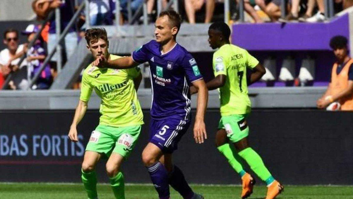 Андерлехт Макаренка програв Брюгге та втратив лідерство у чемпіонаті Бельгії