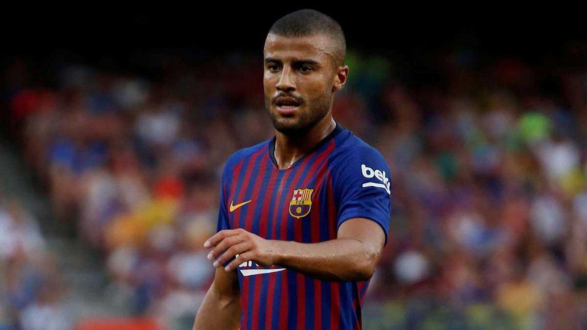 Барселона хочет получить 25 млн евро за Рафинью