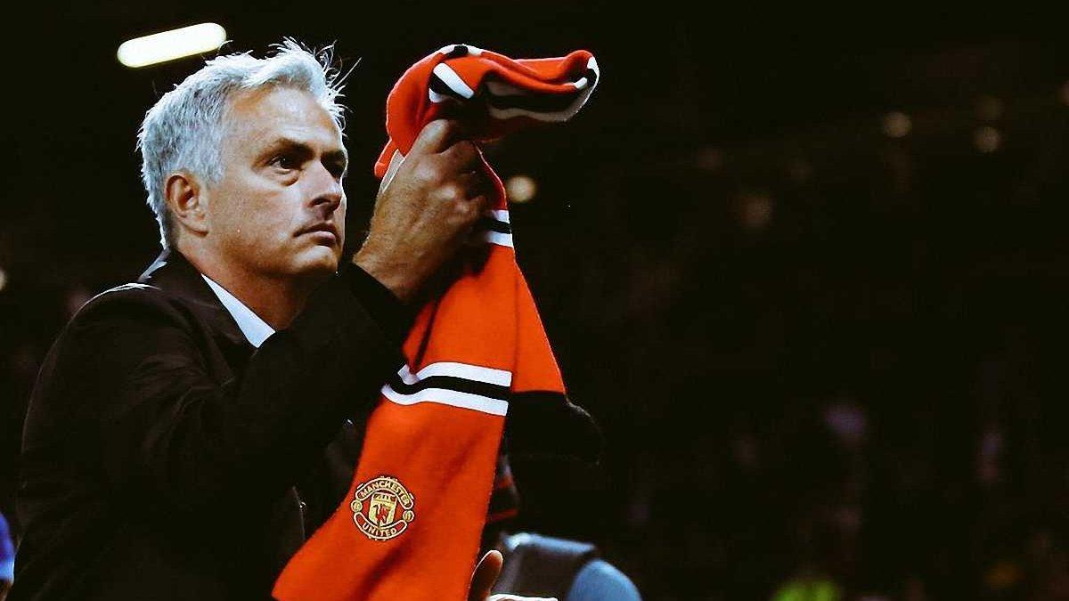 На краю прірви: 5 причин, через які Моурінью (поки) не піде з Манчестер Юнайтед