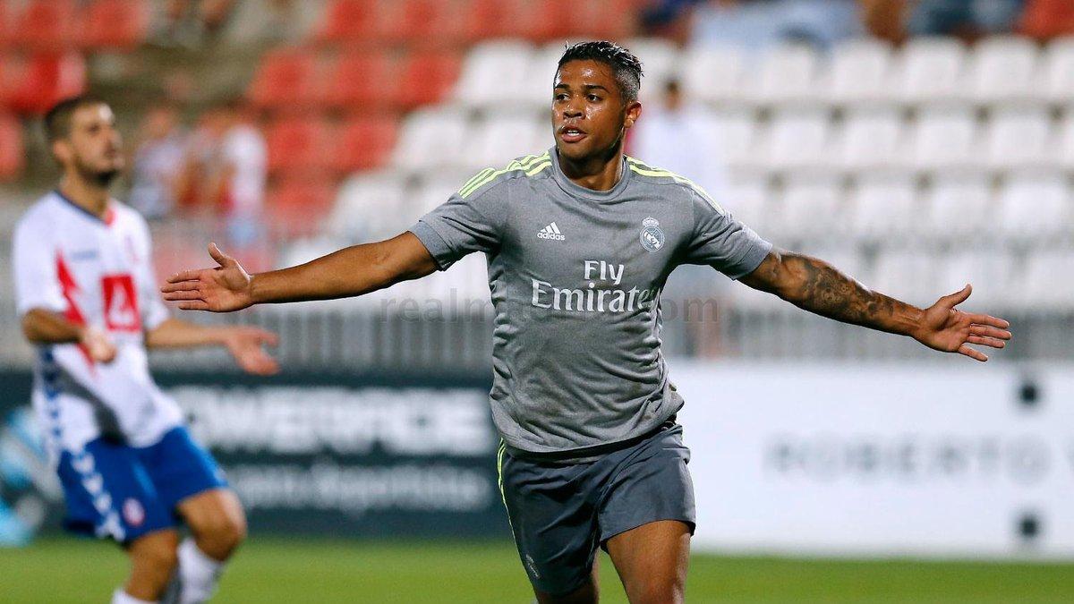 Маріано офіційно повернувся в Реал