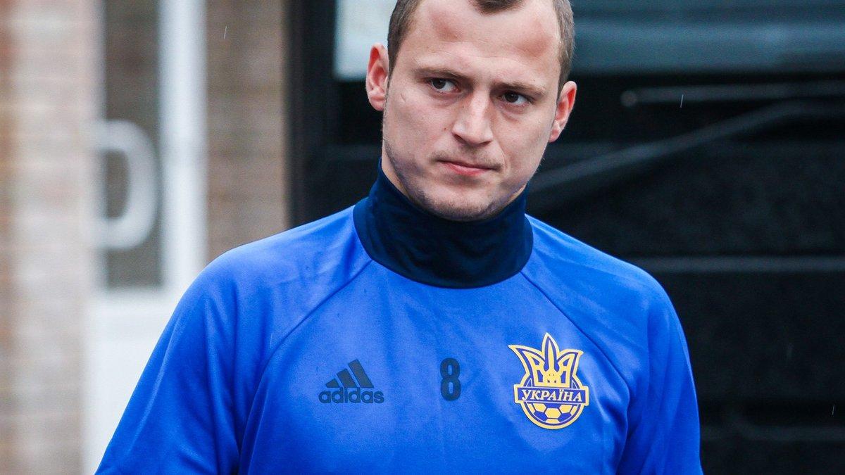 Брутальний фол Зозулі, який призвів до вилучення українського форварда в матчі Сегунди