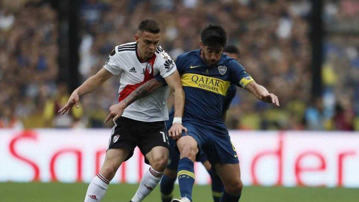 Копа Лібертадорес: неймовірна кількість вболівальників Бока Хуніорс з салютами та піротехнікою провела команду в Мадрид