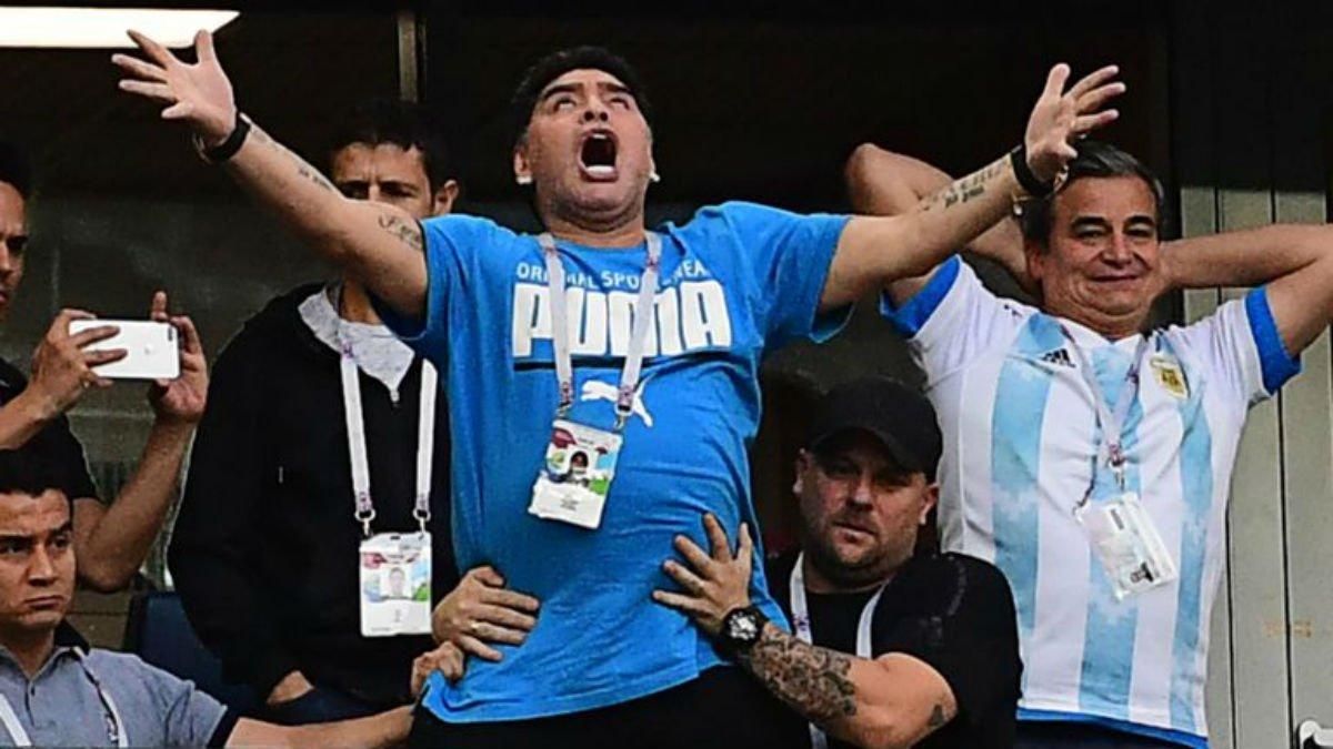 """""""Они не заслуживают надевать футболку сборной Аргентины"""", – Марадона резко высказался в адрес игроков """"альбиселестес"""""""