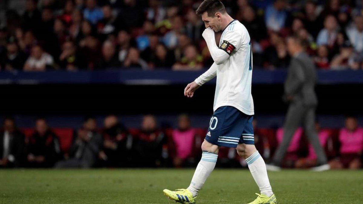 """""""У цій країні завжди шукають головного лиходія"""": чому Аргентина знову вбиває Мессі"""