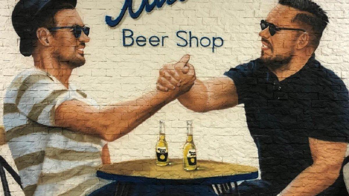 """""""Beer Shop Міля"""" – Мілевський зі своїм агентом відкрив оригінальний бізнес"""