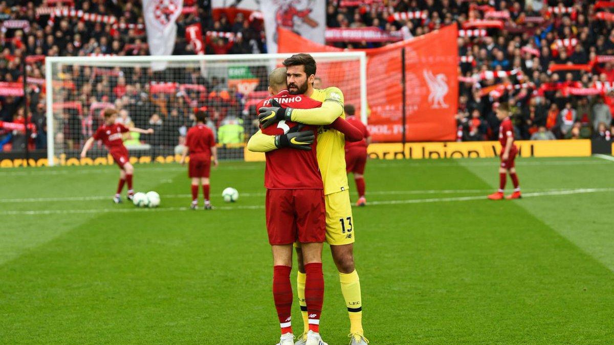 Главные новости футбола 14 апреля: Ливерпуль обыграл Челси и удержал лидерство в АПЛ, Малиновский забил победный гол