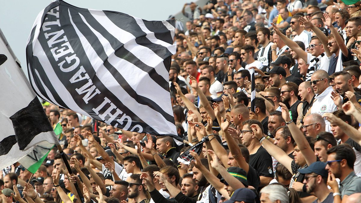 Ювентус – Аякс: фанаты туринцев устроят акцию протеста во время матча Лиги чемпионов