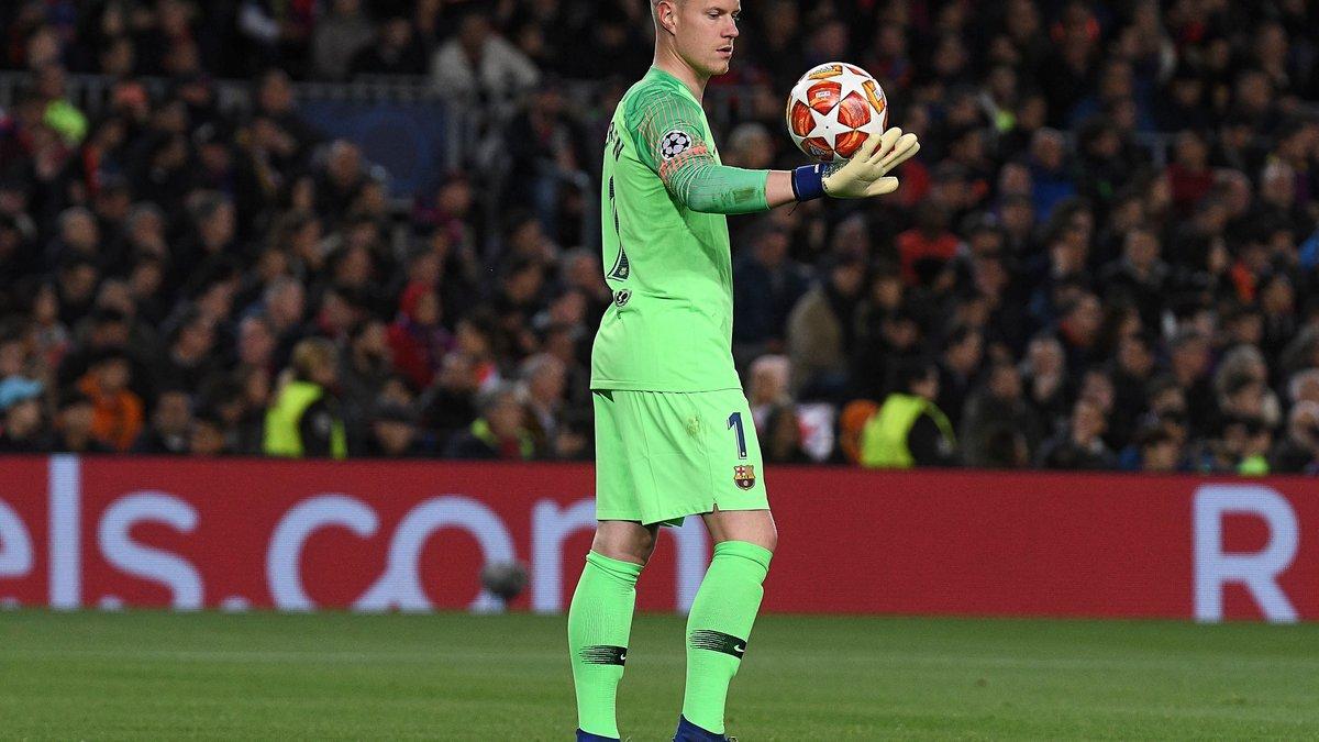 Барселона – Манчестер Юнайтед: тер Штегену удалось прочитать текст записки, которую Сульшер передал Рашфорду