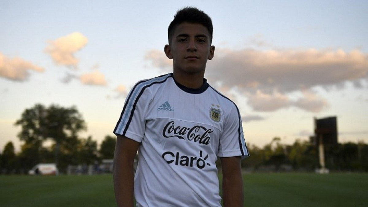 Манчестер Сити нацелился на 17-летнего вундеркинда, которого называют новым Месси