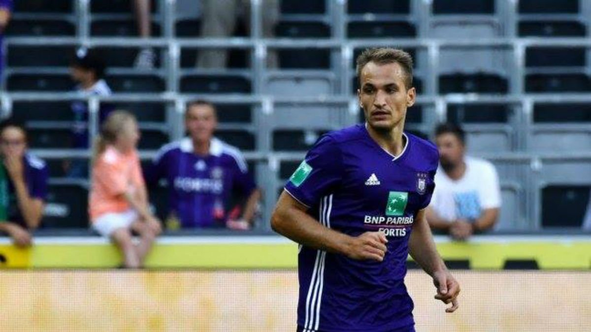 Макаренко зіграє за Андерлехт вперше за 5 місяців