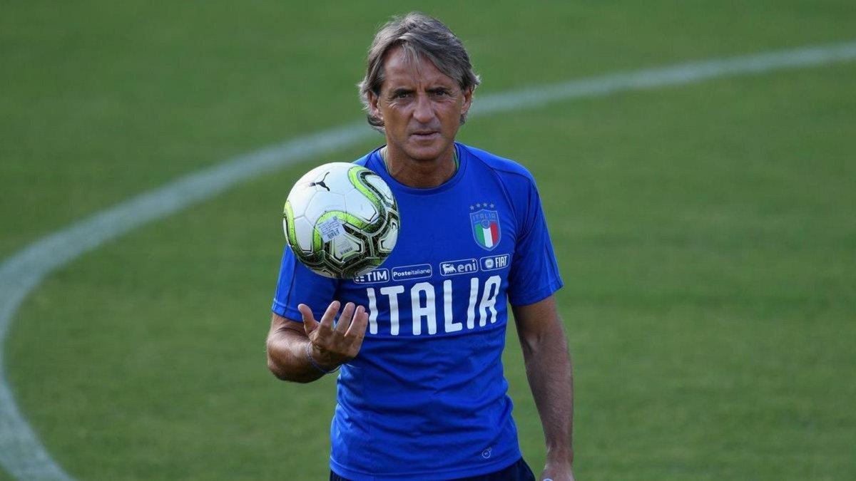 """""""Балотеллі потрібно не тільки забивати голи"""", – Манчіні назвав умови виклику нападника у табір збірної Італії"""