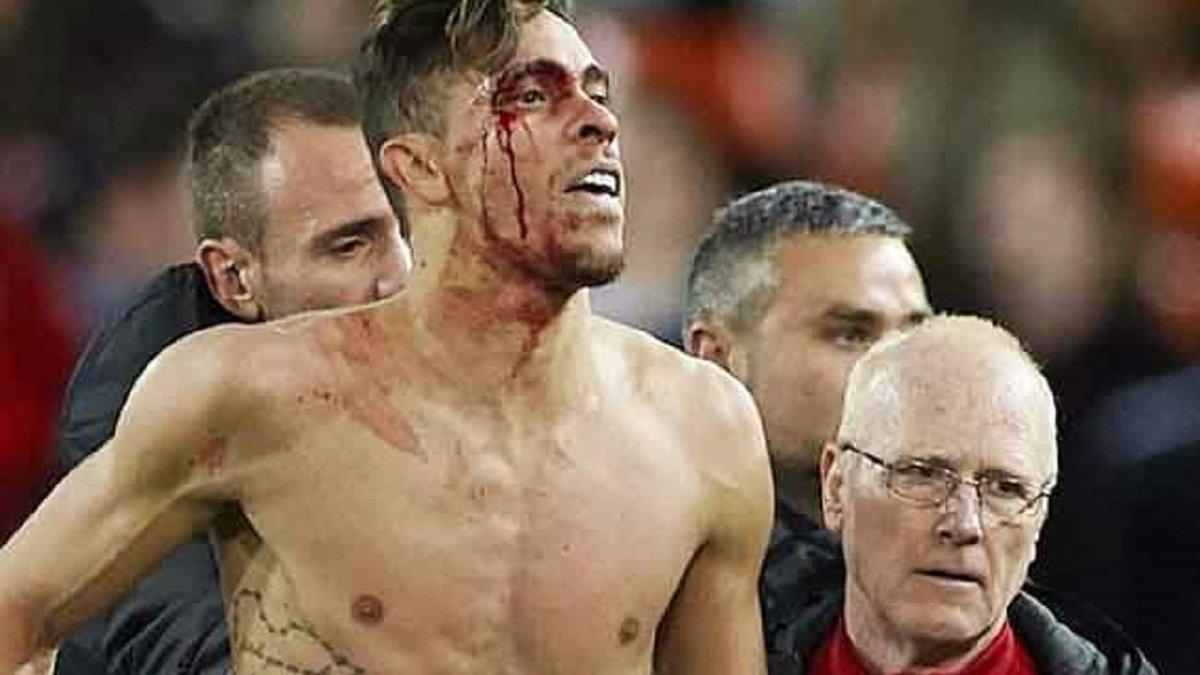 Габріел після перемоги у Кубку Іспанії стрибнув у підкаті двома ногами під тренера Валенсії – відео моменту