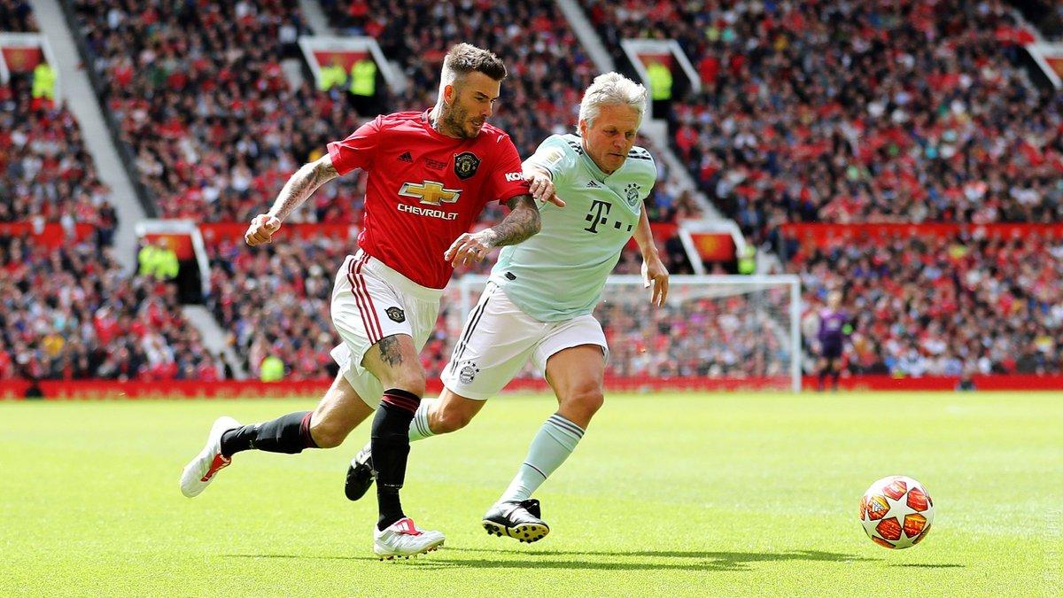 Легенды Ман Юнайтед уничтожили Баварию в матче по случаю 20-летия памятного финала ЛЧ – Бекхэм и Сульшер забили по голу