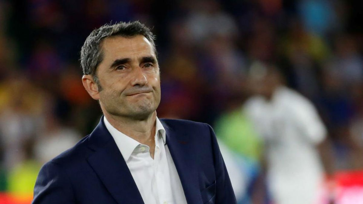 Барселона не підтвердила інформацію про відставку Вальверде