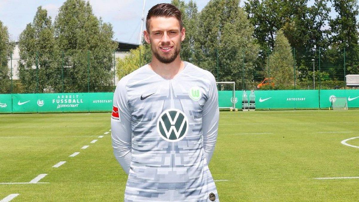 Вольфсбург избавился от голкипера перед решающим матчем против Шахтера в Лиге Европы