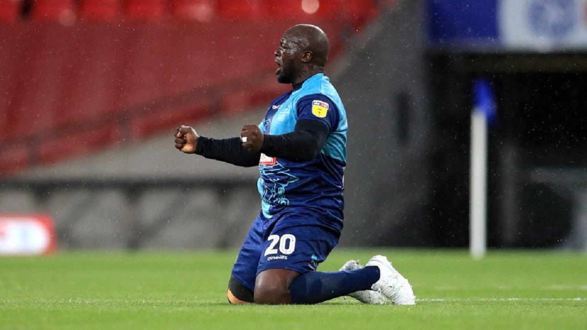 Акинфенва помог своему клубу выйти в Чемпионшип впервые за 133-летнюю историю