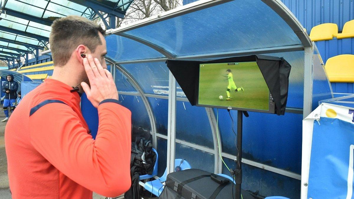 ФИФА разрешила использовать VAR в Первой лиге со следующего тура