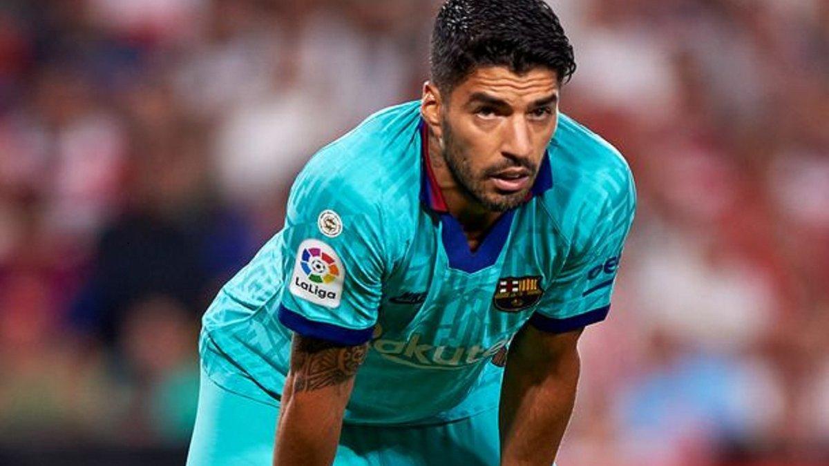 Суарес назвал единственный путь спасения провального сезона Барселоны