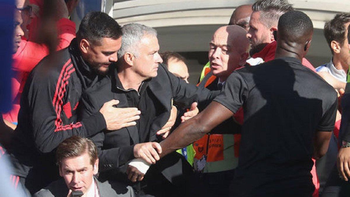 Моурінью розгнівався на журналіста після матчу проти Ньюкасла