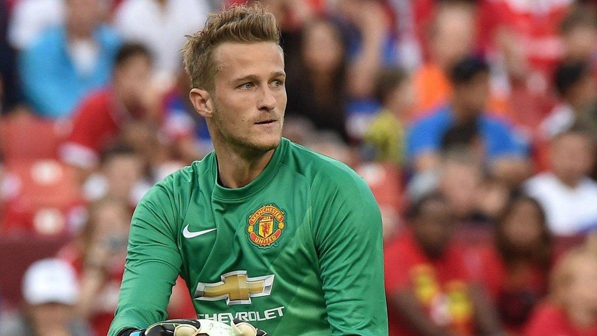 Екс-голкіпер Манчестер Юнайтед голом на останній хвилині врятував свою команду від поразки