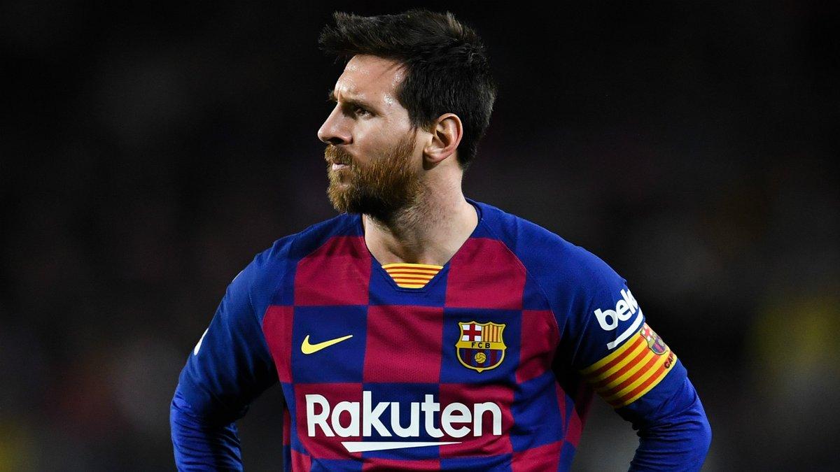 Барселона позбулася творця культової фотографії Мессі на 170 мільйонів лайків