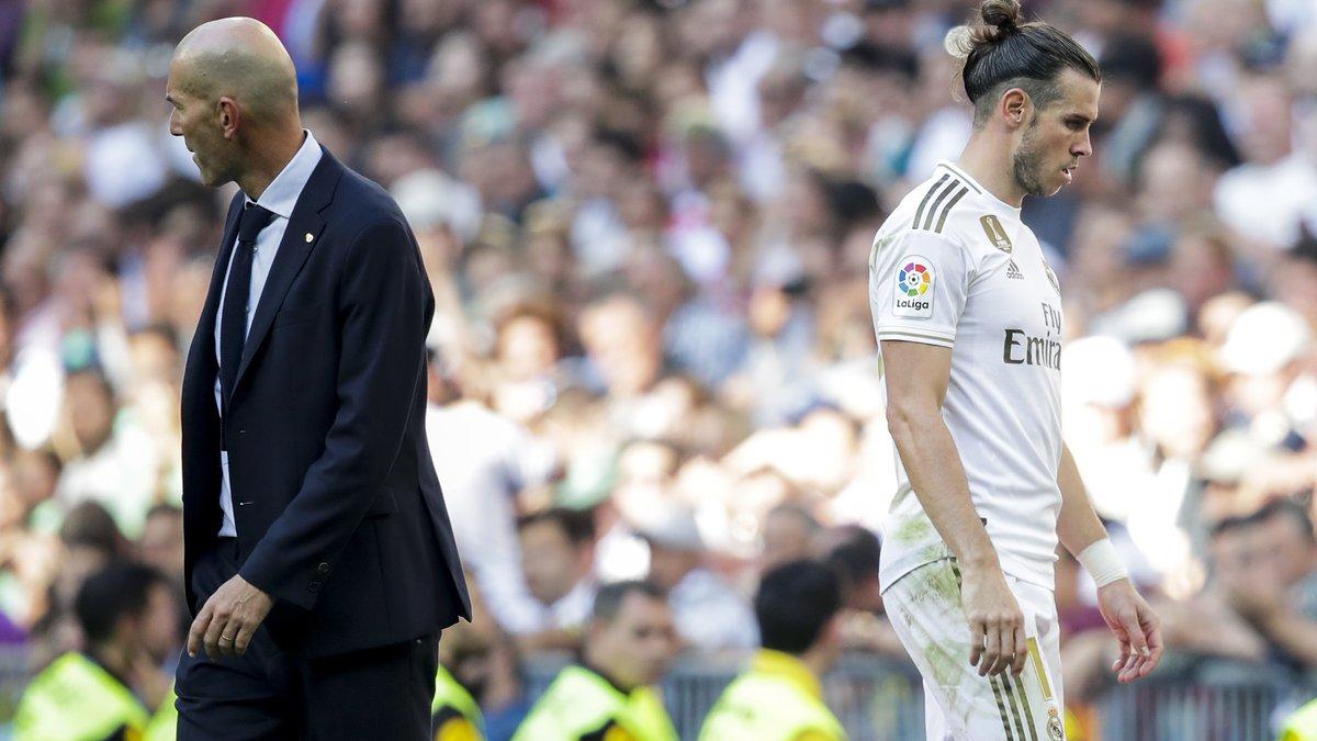 """""""Бейлу немає місця в команді Зідана"""": екс-президент Реала закликав клуб вирішити проблему з опальним валлійцем"""