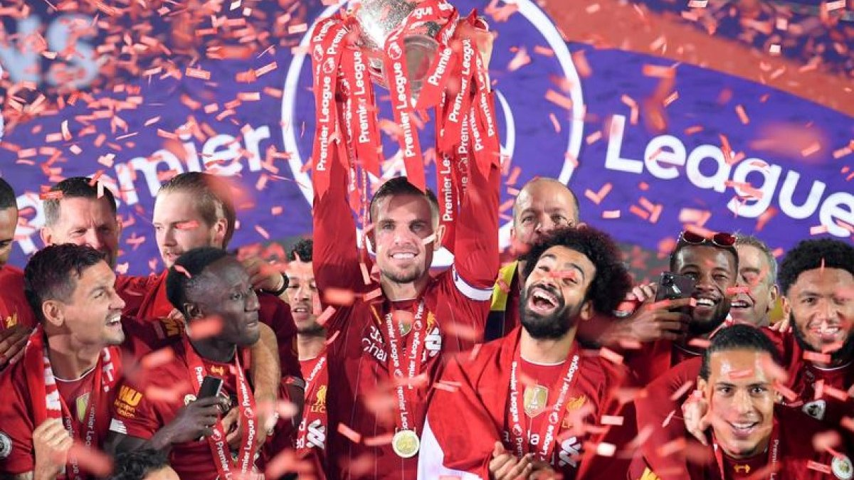 """Ліверпуль презентував виїзну форму на сезон 2020/21 – """"червоні"""" гратимуть в кольорах принципового конкурента"""