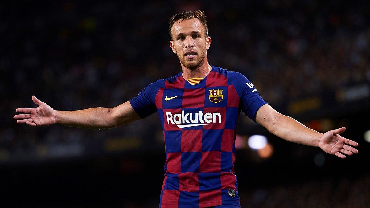 Барселона готовит прощальное наказание для Артура – бразильца будут держать в клубе до последнего дня контракта