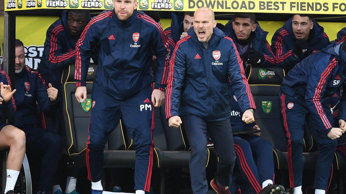 Арсенал официально попрощался с Юнгбергом