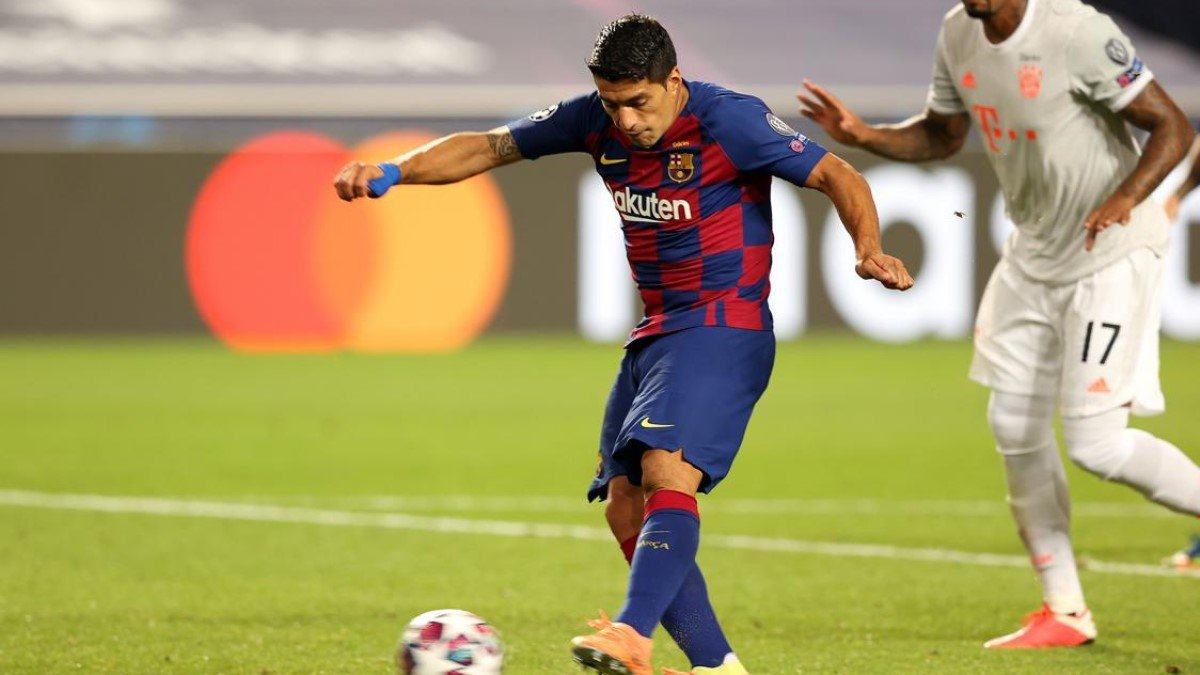 Барселона не рассчитывает на Суареса – Куман сообщил об этом форварду