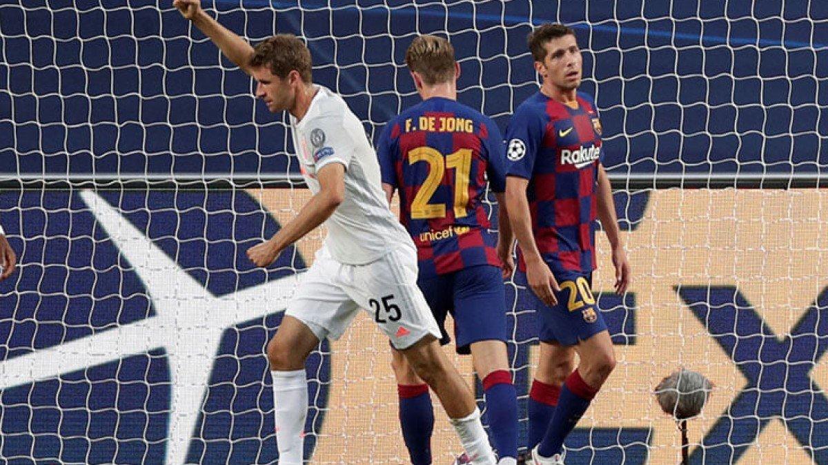 Мюллер прокомментировал возможный уход Месси из Барселоны