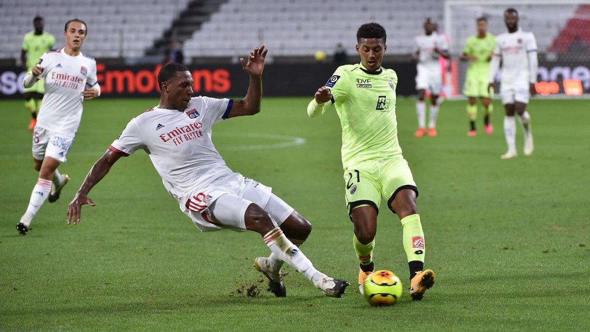 Ліга 1: Ліон у першому матчі сезону завдяки хет-трику Депая впевнено здолав Діжон
