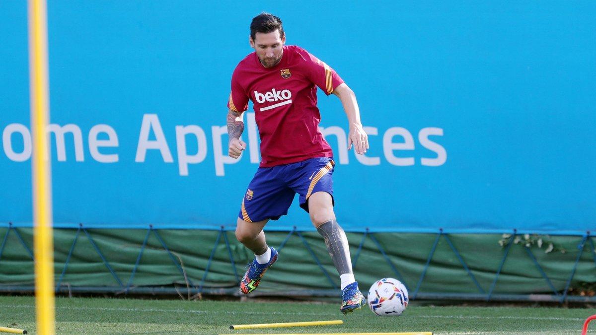 Мессі розпочав передсезонну підготовку – Барселона змонтувала ролик із бунтарем